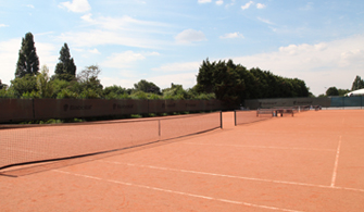 French court red clay outdoor courts